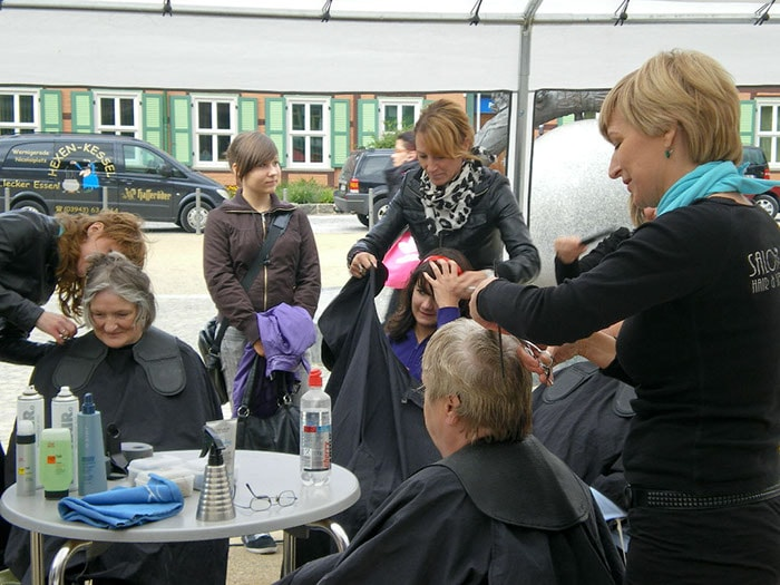 Haare schneiden für einen Guten Zweck